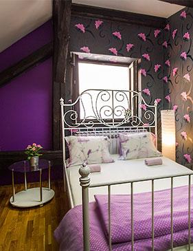 hostel centar zagreb double bed soba